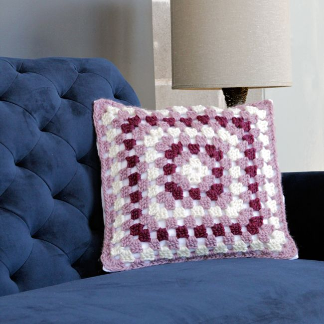 Free Crochet Patterns For Square Pillows : 17 Best images about Crotchet / Knit Patterns ? on ...
