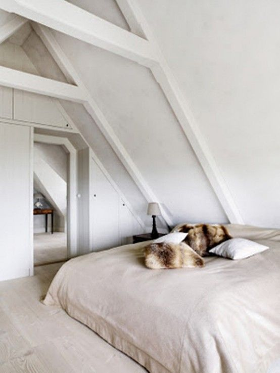 Minimalist White House Decorating Idea: Small Bedroom With Loft Ceiling Design Ideas And Cool Wooden Floor With Comfortable Bed And Fur Pill...