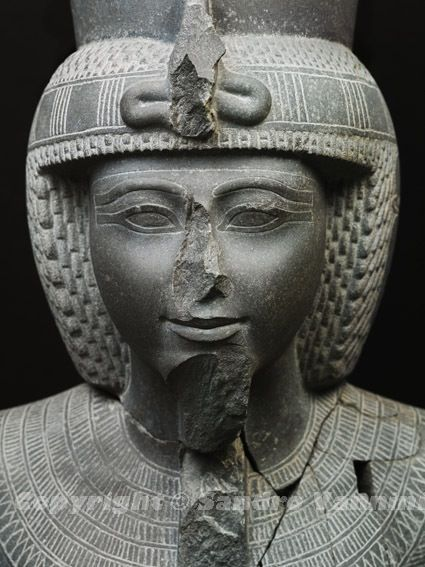 Statue of Ramses III – New Kingdom, 19th Dynasty - From ...