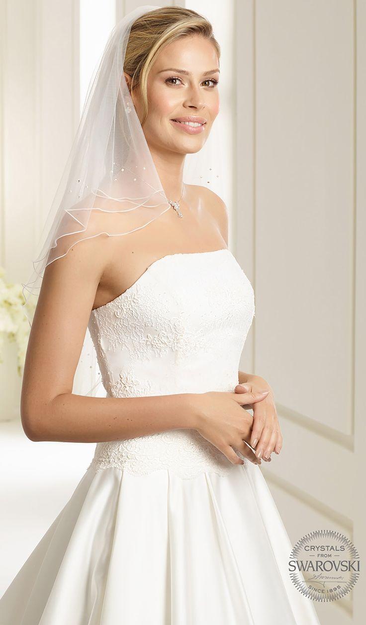 Magical veil S38 from Bianco Evento #biancoevento #veil #swarovski #weddingdress #weddingideas #bridetobe