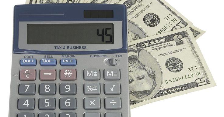 Cómo calcular el 5 por ciento del descuento del precio total. ¡Rebaja!. Los signos pueden ser el ultimo pequeño empujón para conseguir que un consumidor realice una compra codiciada. Algunos descuentos, sin embargo, sólo hacen una pequeña mella del costo general del artículo. Para asegurarte de entiendes lo que estás obteniendo antes de dirigirte a la caja, puedes realizar un cálculo rápido y tomar el 5 por ...