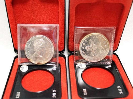 1973 Silver Elizabeth II Regina Dollar Coin Canadian Royal 1975 Silver Elizabeth II Regina Dollar Coin Canadian Calgary #Canadian #silver #dollar #coin #mounted #police