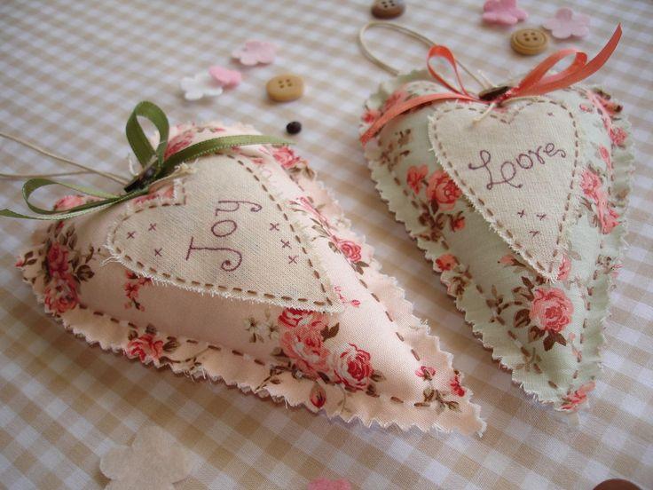Sachês fofinhos...  byhttp://blogartedepano.blogspot.com.br/