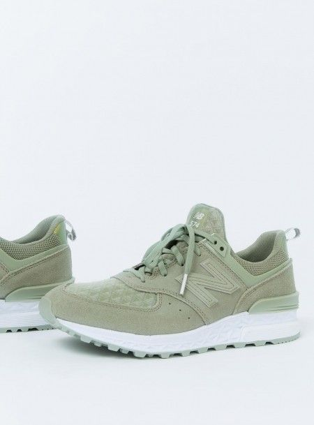 huge selection of 35099 7c423 New Arrivals - Latest Women s Fashion - Princess Polly   S N E A K E R S in  2018   Pinterest   New balance 574, Latest fashion for women and New balance