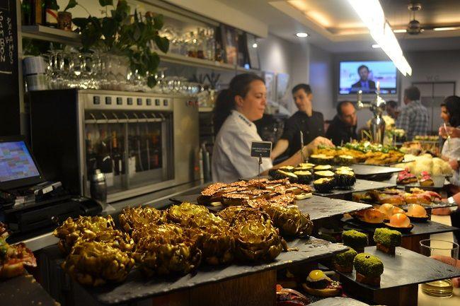 Pintxos bar in San Sebastian (Baskenland)  #Baskenland #vakantieSpanje #GastronomieSpanje