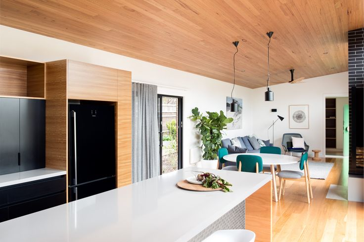Flinders House | Collaboration between ArchiBlox and Doherty Design Studio | Beach House Photographer: Tom Ross http://www.archiblox.com.au/projects/flinders-ii/