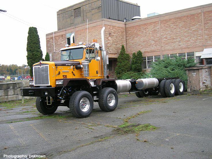 Kenworth Supersized heavy hauler
