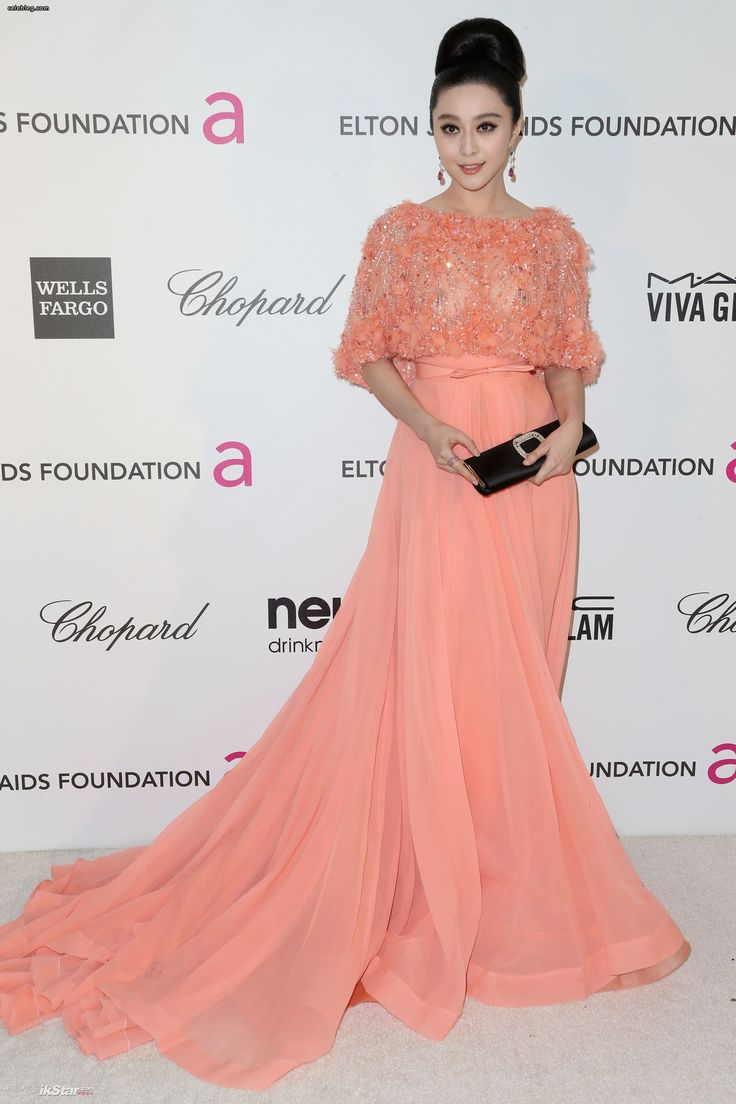 60 best Evening Wear Inspiration images on Pinterest   Red carpet ...