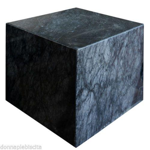 Cubo-in-Marmo-Nero-Base-Tavolo-Black-Marble-Cube-Modern-Art-and-Design-h30cm