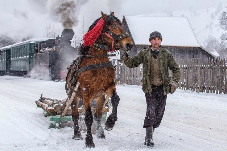 Romanian winter traditions  Via http://www.thechronicle.ro
