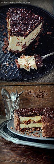 Молочный торт с карамелью и шоколадом.