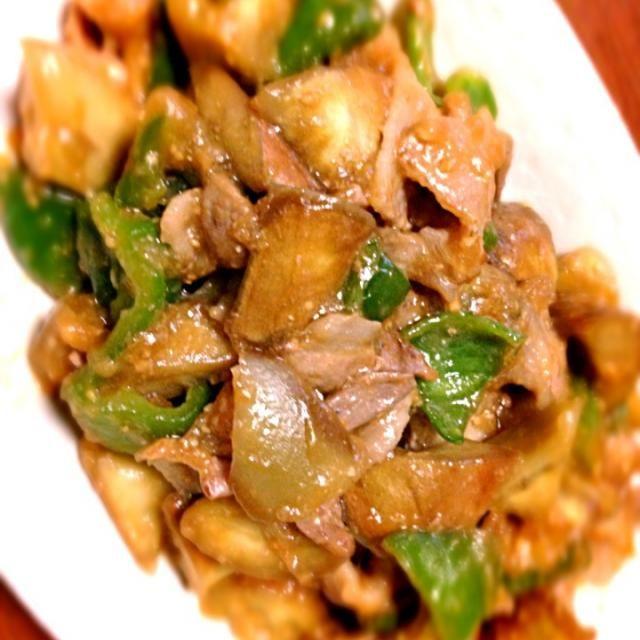 白いナスを使ってみました(^ ^) 炒めたら茶色になるのねf^_^;(笑) - 10件のもぐもぐ - 豚肉と白いナスの中華風味噌炒め by まるちゃん
