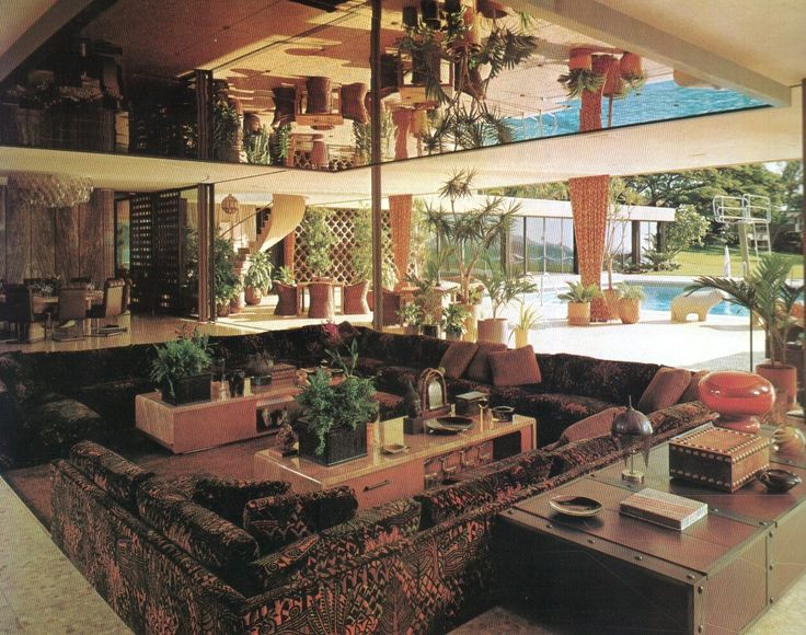 chase interior 1970 sunken living room spiegel an der decke description from i. Black Bedroom Furniture Sets. Home Design Ideas