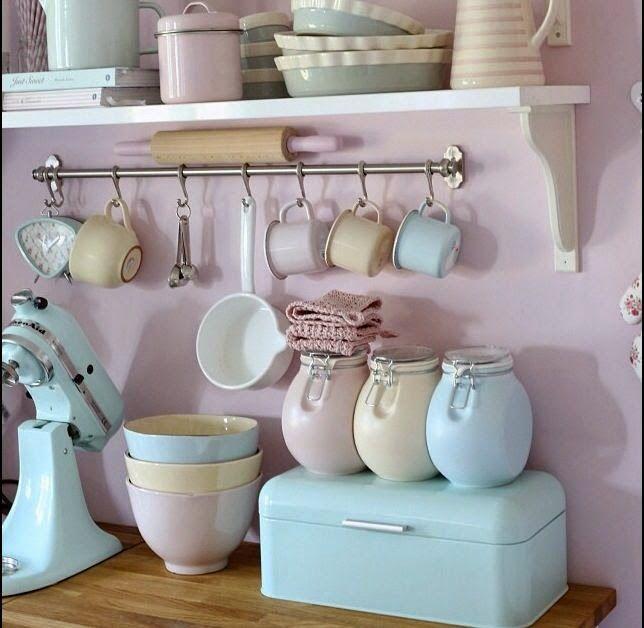 45 Trendy Ideas For Shabby Chic Kitchen Cupboards Farm House Pastel Kitchen Decor, Vintage Kitchen Decor, Cozinha Shabby Chic, Deco Pastel, Cute Kitchen, Kitchen Cupboards, Kitchen Doors, Retro Home, Shabby Chic Decor