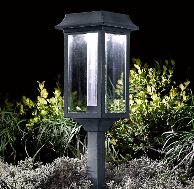 front walkway light on pinterest posts solar and outdoor lamp posts. Black Bedroom Furniture Sets. Home Design Ideas