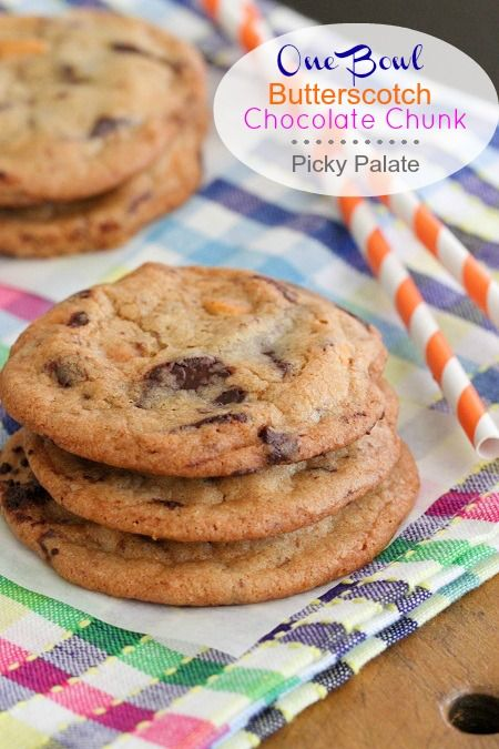 ... Christmas Cookies | Chocolate Chunk Cookies, Cookies and Bowls