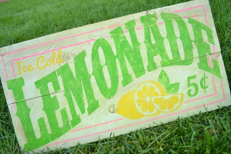 Can you believe it's already August? There are only a few weeks left for the kiddies to enjoy the carefree days of summer. One of the things my kids did this summer was a lemonade stand, because what says summer like ice-cold lemonade? It inspired me to create this sign. I started out with a … Read more...