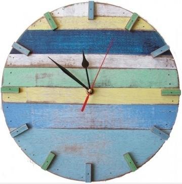 Recycled wood clock ~ RECLAIMED WOOD ART ~ Dishfunctional Designs