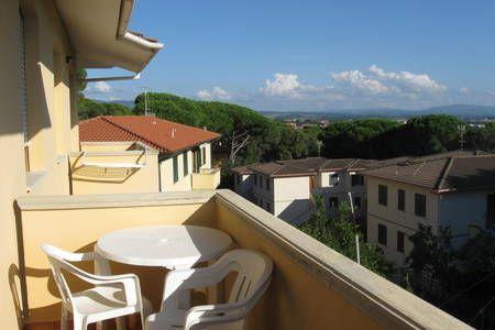 Dai un'occhiata a questo fantastico annuncio su Airbnb: La Collina sul Mare holiday tuscany - Appartamenti in affitto