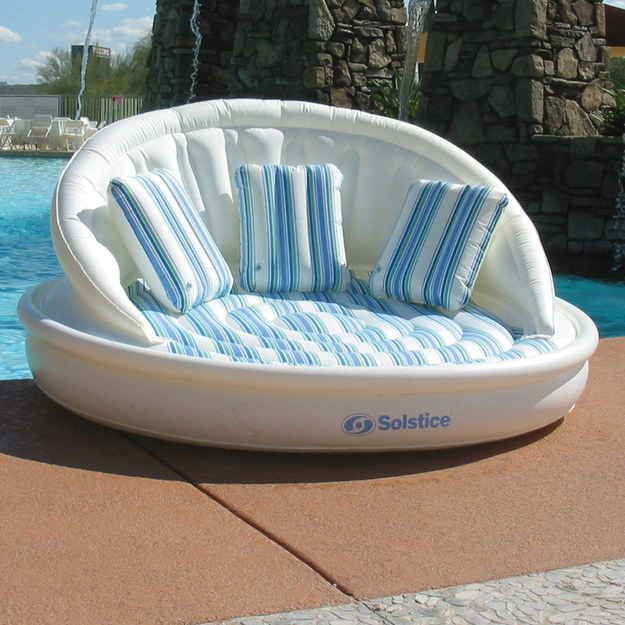 This snooze-ready sofa raft: