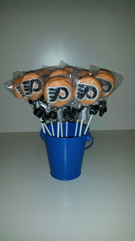 philadelphia flyers chocolate covered oreo pops
