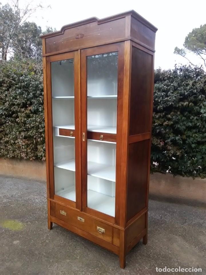 399 mejores im genes de coleccion muebles antiguos en for Muebles antiguos barcelona