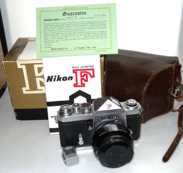 NIKON F KOGAKU CHROME DE 1961 PRISME EN TOIT AVEC OBJECTIF 5cm/2, PARE-SOLEIL, NOTICE, CERTIFICATS, SAC, BOITE NIKON MAA80/N°6450338/N°544155 : vente d'appareils photo de collection et d'occasion : french-camera.fr
