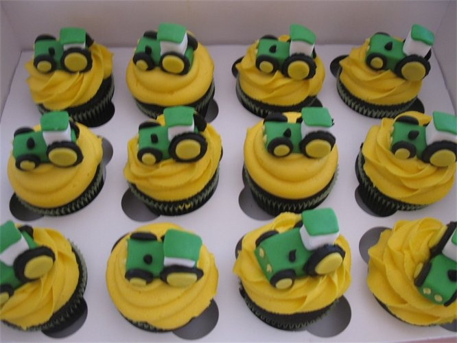 Tractor Birthday Cake Images