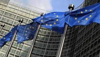 Hill (Ue): 'Stati membri possono normare strumenti finanziari con leggi sul gioco'