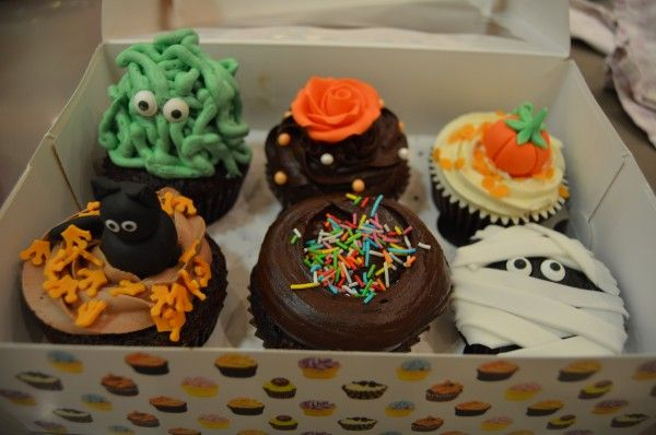 Taller con seguidores de www.facebook.com/... y Alma Obregón: Cupcakes especial Halloween