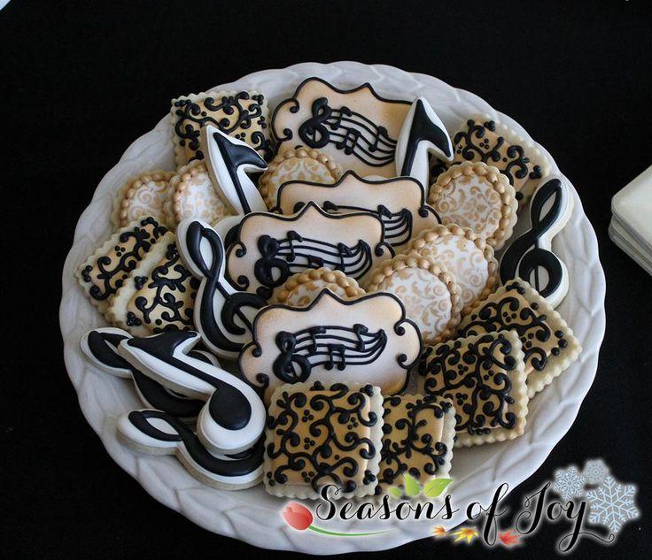 Music/musical cookies by Seasons Of Joy/ Snowflakelady on Flickr