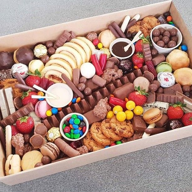 Chocolate/ sweets tray. Presentation. | Food platters, Dessert ...
