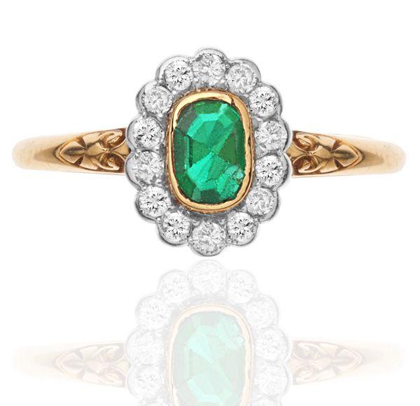 Edwardian Emerald & Diamond Daisy Ring