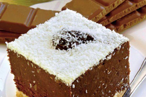 Vrei un desert simplu și rapid? Încearcă prăjitura de ciocolată cu biscuiţi, FĂRĂ COACERE