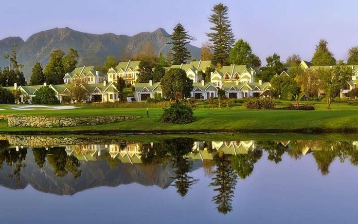 http://www.south-african-hotels.com/hotels/fancourt-hotel-country-club-estate/