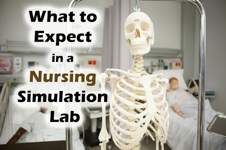 Northeastern's Direct Entry Nursing Program prepares you to be an active participant in a live clinical setting with sessions in our nursing simulation lab.