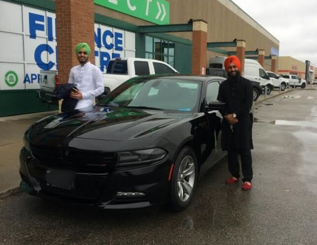 Congratulations to Mr. Singh with his purchase of a 2015 Dodge Charger SXT @autopdirect! . #autopdirect #autoplanetdirect #usedcars #happy #performanceautogroup #Brampton #dodge #charger #canada #ontario #fall2016 #autoplanet