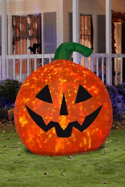35+ Spooky Outdoor Halloween Decorations Your Yard Needs Halloween