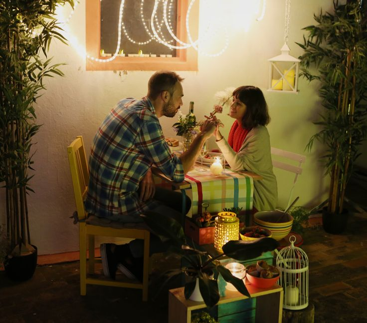 Las 25 mejores ideas sobre preparar cena romantica en - Sorpresas romanticas en casa ...