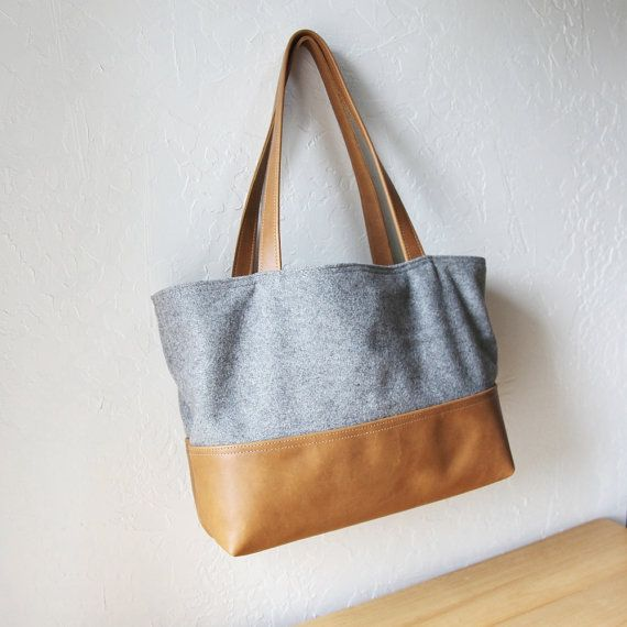 Wool and Leather Tote: Fiber Totes, Sewing Projects, Fashion Bags, Leather Totes I, All Wool, So Then What About Fashion, Lv Bags, Http Bags Discount Ch Tf, Lv Fashion