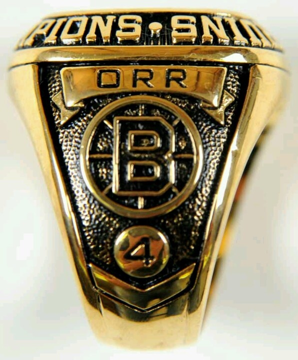 Bobby Orr's Stanley Cup ring
