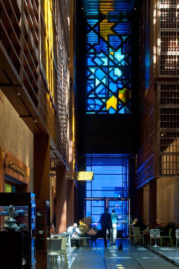 Gewinner der RIBA International Awards 2013 - The Souk in Abu Dhabi with OKA X from OKALUX GmbH