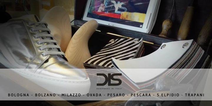 Da oggi puoi creare le tue scarpe personalizzate DIS anche presso uno dei nostri negozi affiliati vieni a Il Castagno | Brand Village  presso il negozio BLOCK 66 troverai tutti i modelli della nostra collezione un personal stilyst ti guiderà nella creazione della tua calzatura perfetta potrai provarla toccare con mano i nostri pellami e scegliere ogni dettaglio. #weardis Trova il punto vendita DIS più vicino a te http://ift.tt/2bOQZWx