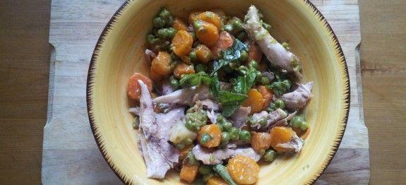 Coniglio in insalata con piselli e carote | Ricette Fondamentali, Ricette Estive e Dietetiche