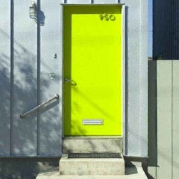 Tips To Create The Perfect Space Live It Up These Tips Will Help You Create The Perfect Zen Space You Ve Always Wanted Imag Doors Yellow Doors Street House