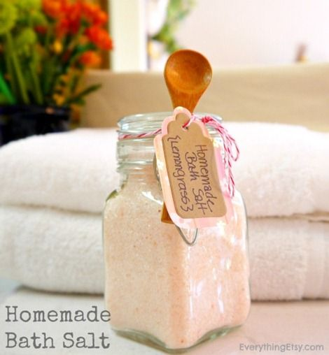 Homemade Bath Salt from Everything Etsy. Great favor gift for a spa theme bridal shower! #diy #favor