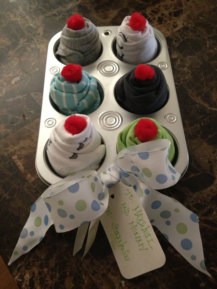 Onesie cupcakes for baby shower gift...