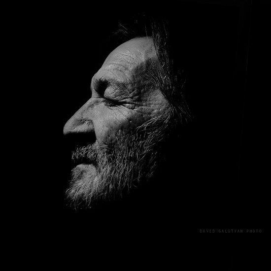 Profile by David Galstyan.