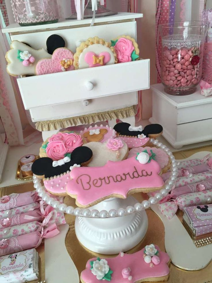 Loving the cookies at this Minnie Mouse Birthday Party! See more party ideas and share yours at CatchMyParty.com