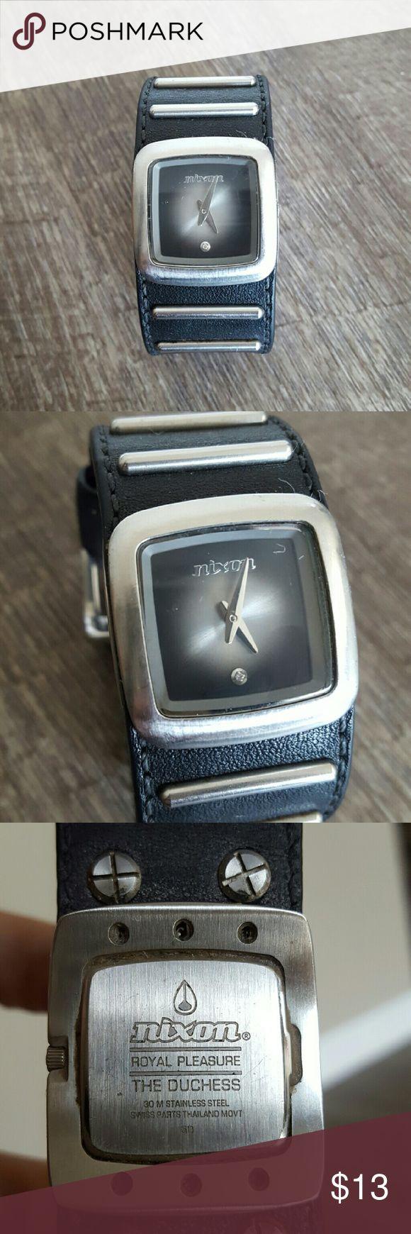 Nixon Wrist Watch - The Duchess Nixon Women's Wrist Watch.  Style: The Duchess.  Battery just needs to be replaced. Nixon Accessories Watches